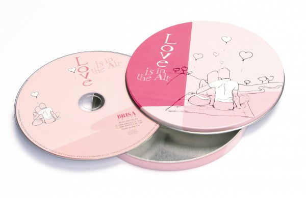 BRISA CD LOVE IS IN THE AIR